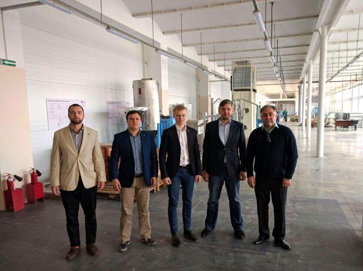 Визит делегации ВНИИСТ на завод «ИВСистемы»