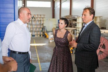 Встреча коллектива «Завода КСТ» с Ириной Слуцкой и Владимиром Головневым